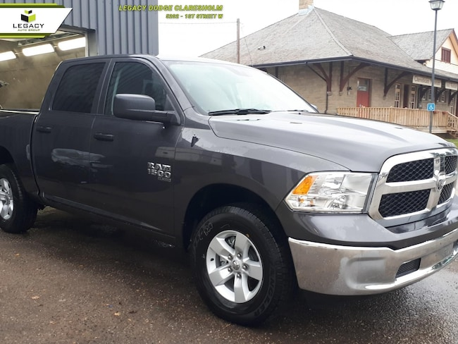 2019 Ram 1500 Classic ST - Uconnect 3 - Trailer Hitch Crew Cab