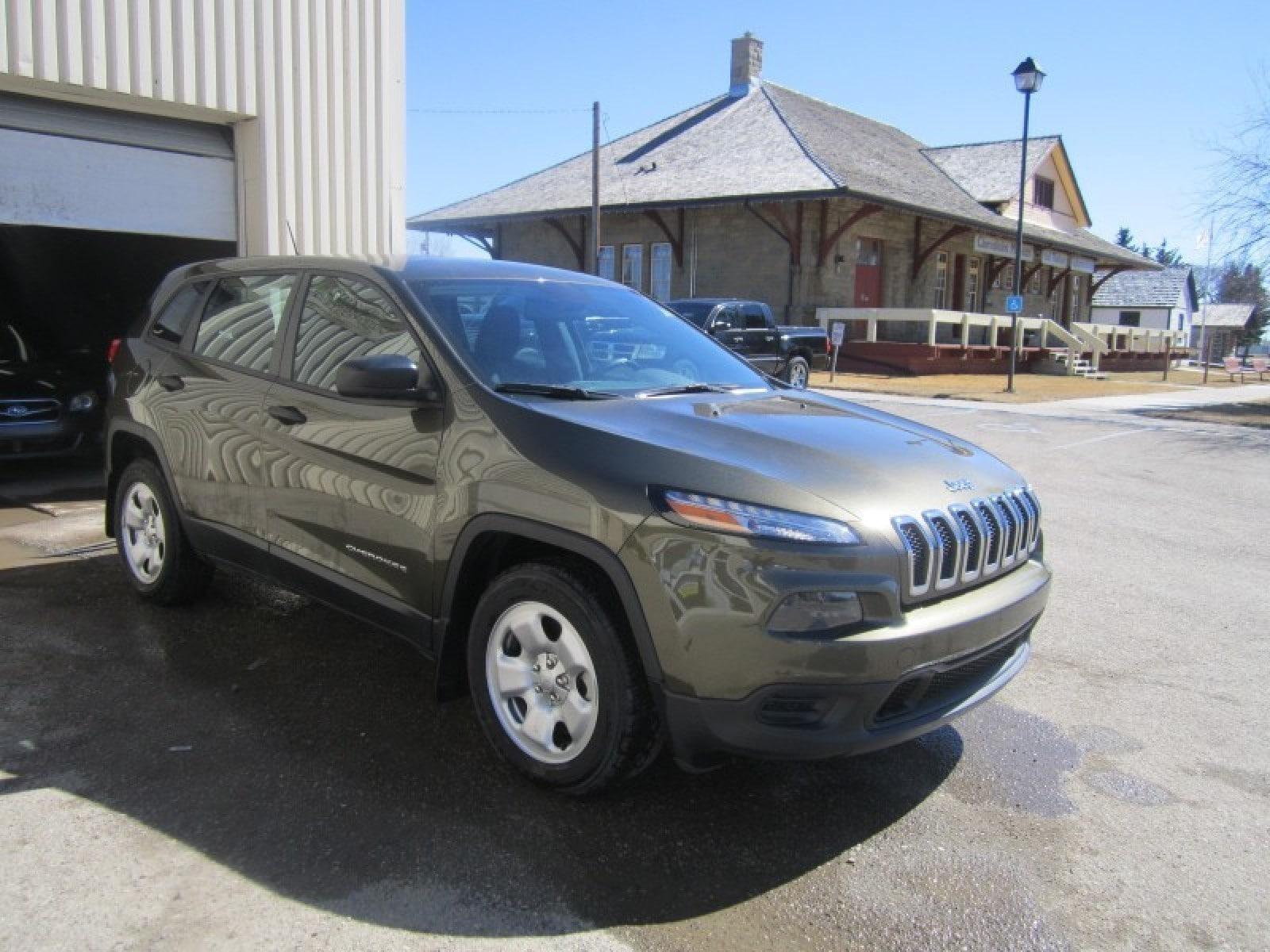 2015 Jeep Cherokee Sport - Bluetooth -  Power Windows SUV