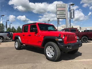 New 2020 Jeep Gladiator Sport S 4x4 Truck Crew Cab 1C6HJTAG3LL132970 N20-003 for sale in Cold Lake AB