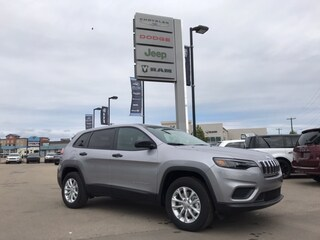 New 2019 Jeep New Cherokee Sport 4x4 SUV 1C4PJMAB6KD440920 N19-035 for sale in Cold Lake AB