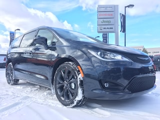 New 2020 Chrysler Pacifica Touring-L Van Passenger Van 2C4RC1BG7LR118393 N20-047 for sale in Cold Lake AB