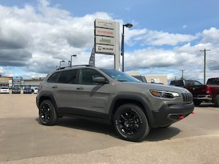 New 2019 Jeep New Cherokee Trailhawk 4x4 SUV 1C4PJMBX3KD468488 N19-079 for sale in Cold Lake AB