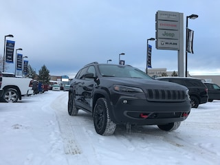 New 2020 Jeep Cherokee Trailhawk SUV 1C4PJMBXXLD574650 N20-024 for sale in Cold Lake AB