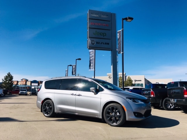 Cold Lake Dodge >> 2019 Chrysler Pacifica Limited