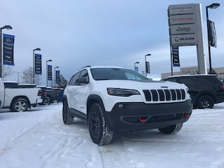 New 2020 Jeep Cherokee Trailhawk SUV 1C4PJMBX3LD574649 N20-023 for sale in Cold Lake AB