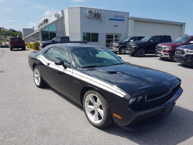 2014 Dodge Challenger R/T Classic Coupe