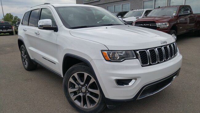 2018 Jeep Grand Cherokee Limited--Navigation, Hands Free Bluetooth SUV