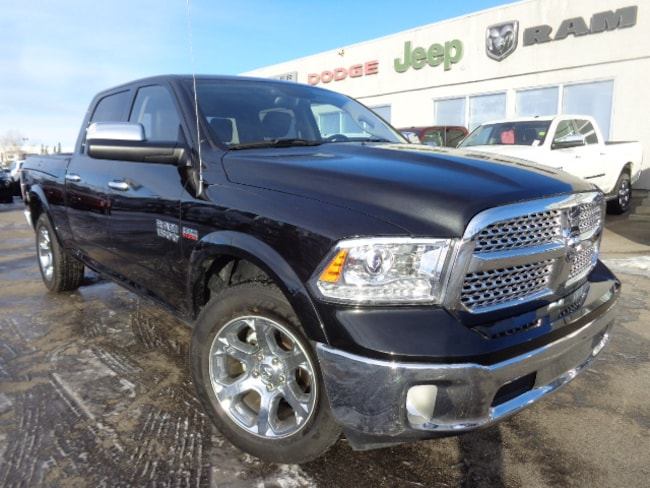 2017 Ram 1500 Laramie--Convenience Group, Trailer Tow Mirrors & Truck Crew Cab