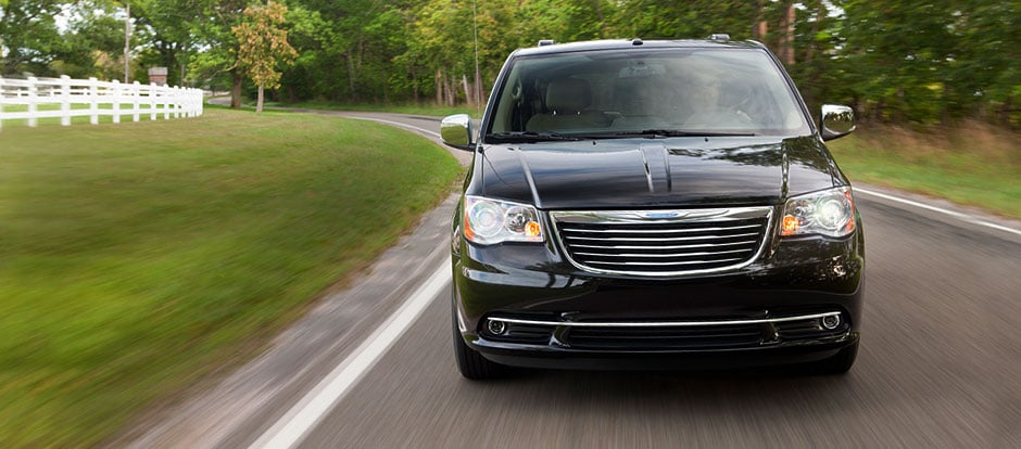 data photo reviews technical minivan chrysler country image minivens mpv town