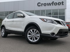 Used 2019 Nissan Qashqai SV WITH SUNROOF AWD SUV JN1BJ1CR6KW329164 for sale in Calgary, Alberta