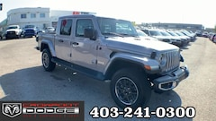 New 2020 Jeep Gladiator Overland Truck Crew Cab 1C6HJTFG1LL114265 for sale in Calgary, AB