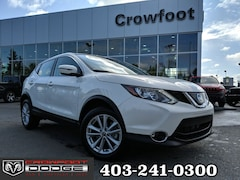 Used 2019 Nissan Qashqai SV WITH SUNROOF AWD SUV JN1BJ1CR9KW325979 for sale in Calgary, Alberta