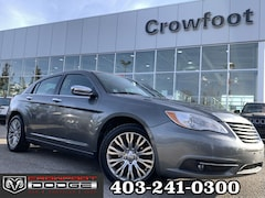Used 2013 Chrysler 200 LIMITED V6 WITH LEATHER & SUNROOF Sedan 1C3CCBCGXDN553972 for sale in Calgary, Alberta