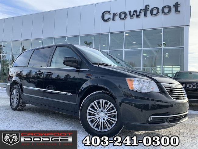 Used 2014 Chrysler Town & Country TOURING-L WITH LEATHER Van Calgary, AB