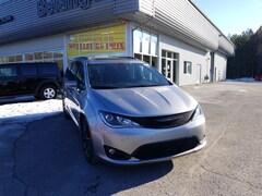 2019 Chrysler Pacifica Limited Van