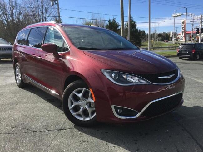 2018 Chrysler Pacifica Touring-L Plus DVD-Toit Pano- Liquidat