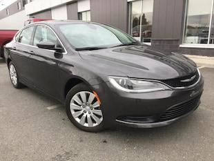 2016 Chrysler 200 LX A/C Bluettoth Berline