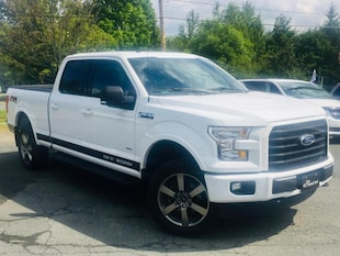 2017 Ford F-150 XLT FX4 Super Crew. Camion