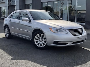 2012 Chrysler 200 LX Seulement 76455 KMS