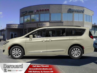 2019 Chrysler Pacifica Limited - Leather Seats Van in Kenora, ON, at Derouard RAM Jeep Dodge Chrysler