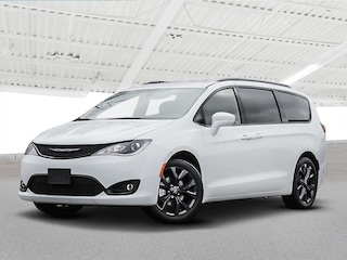 2020 Chrysler Pacifica TOURING-L 35TH ANNIVERSARY 2WD Van