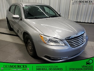 2014 Chrysler 200  LX * 4 Cyl * Super propre* $45 X SEMAINE Berline