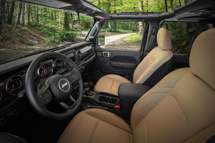Interieur du Jeep Wrangler 2020 édition Black & Tan