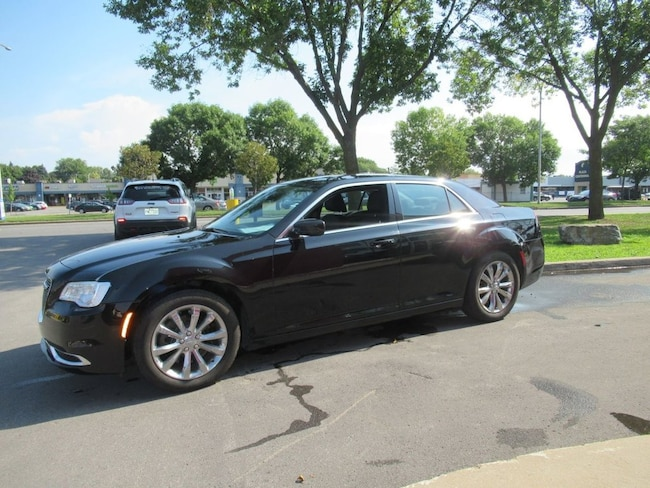 2017 Chrysler 300 Touring Berline