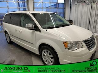 2010 Chrysler Town & Country  Touring* Cuir * Dvd* $75 X SEMAINE Van Passenger Van