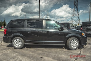 Current Pre-Owned Vehicle Inventory | Dewildt Chrysler Dodge Jeep
