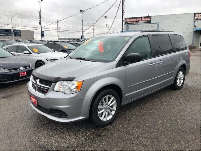 2017 Dodge Grand Caravan SXT, DVD, Back UP Camera, Climate, Park Sense Van Passenger Van