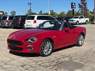 2019 FIAT 124 Spider Lusso Visibility Group, Navigation & Sound Group, Conven