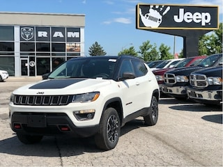 2019 Jeep Compass Trailhawk 4x4 – NAV, Panoramic Sunroof, Safe/Security Group, Col