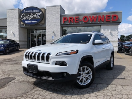 2015 Jeep Cherokee North 4x4 w/8.4 Screen, Cold Weather Group SUV