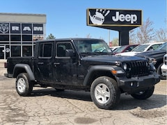 2020 Jeep Gladiator Sport S – Black Jeep Freedom Top, Technology Group, Traile