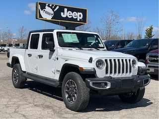 2020 Jeep Gladiator Overland *North Edition* - LED Lighting, Safety Group, Proximity Entry, Spr
