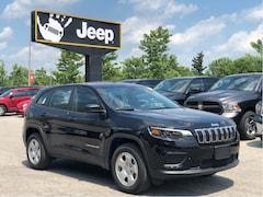 "2019 Jeep New Cherokee Sport 4x4 – Cold Weather Group, 7"" Screen, Apple CarPlay"