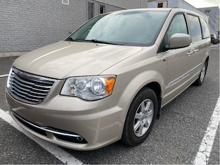 2012 Chrysler Town & Country Touring **Stow N GO, DVD, Toit, Camera**