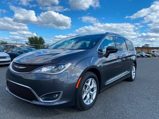 2017 Chrysler Pacifica Touring-L Plus **DVD, 8 Places, GPS, Camera**