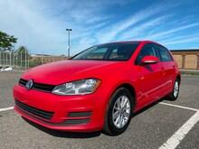 2017 Volkswagen Golf Trendline+ **Camera, Bancs Chauffant, Bluetooth** Hatchback