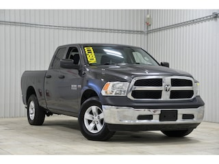 2017 Ram 1500 4WD Quad Cab Mags Cruise Camion