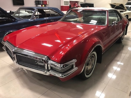 1968 Oldsmobile Toronado - Coupe