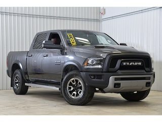 2017 Ram 1500 4WD Crew Cab Rebel Camera Toit Mags 17 V8 Camion