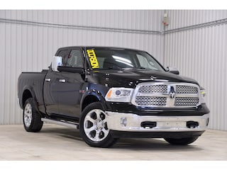 2014 Ram 1500 4WD Bancs/Volant Chauf GPS Couvertboite Hitch Toit Camion