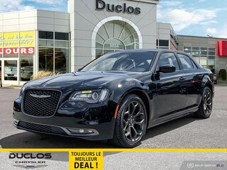 2019 Chrysler 300 300S Toit Pano Camera Cuir Chauff Mags Berline