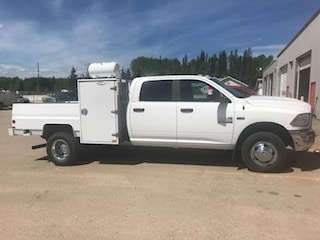 New 2018 Ram 3500 Chassis ST/SLT Truck Crew Cab for Sale in Edson