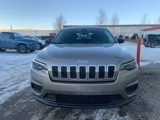 New 2021 Jeep Cherokee Sport 4x4 for Sale in Edson