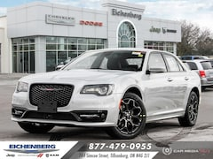 2021 Chrysler 300 S *ALL WHEEL DRIVE* Sedan