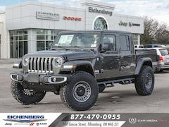 2021 Jeep Gladiator Overland *3.5 INCH ROUGH COUNTRY LIFT* 4x4 Crew Cab 5 ft. box