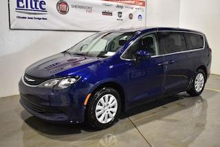2017 Chrysler Pacifica LX+7 passagers+Bluetooth+caméra de recul Van Passenger Van